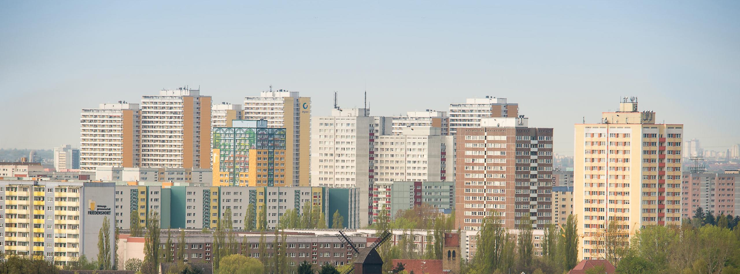 Über Marzahn-Hellersdorf